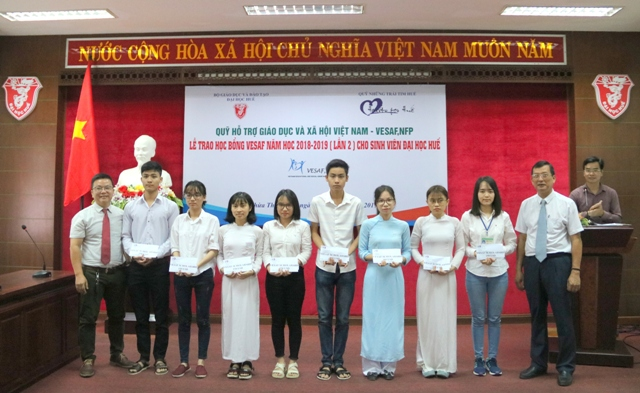 VESAF awarding 32 scholarships to Hue University students