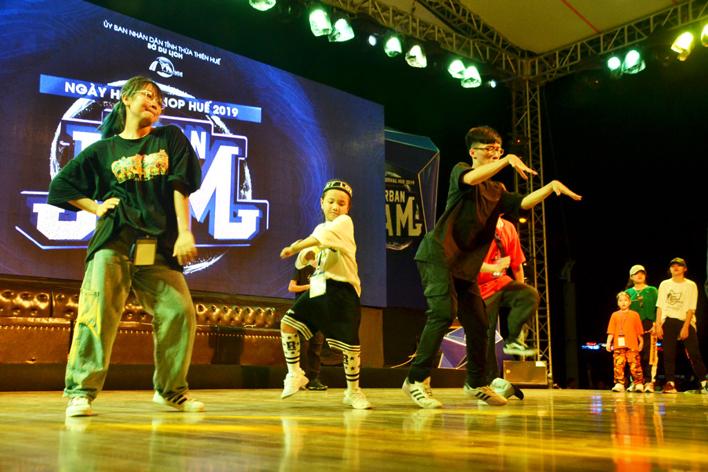 The festival has offered the Hue youngsters the chances to show their passion for hip-hop.