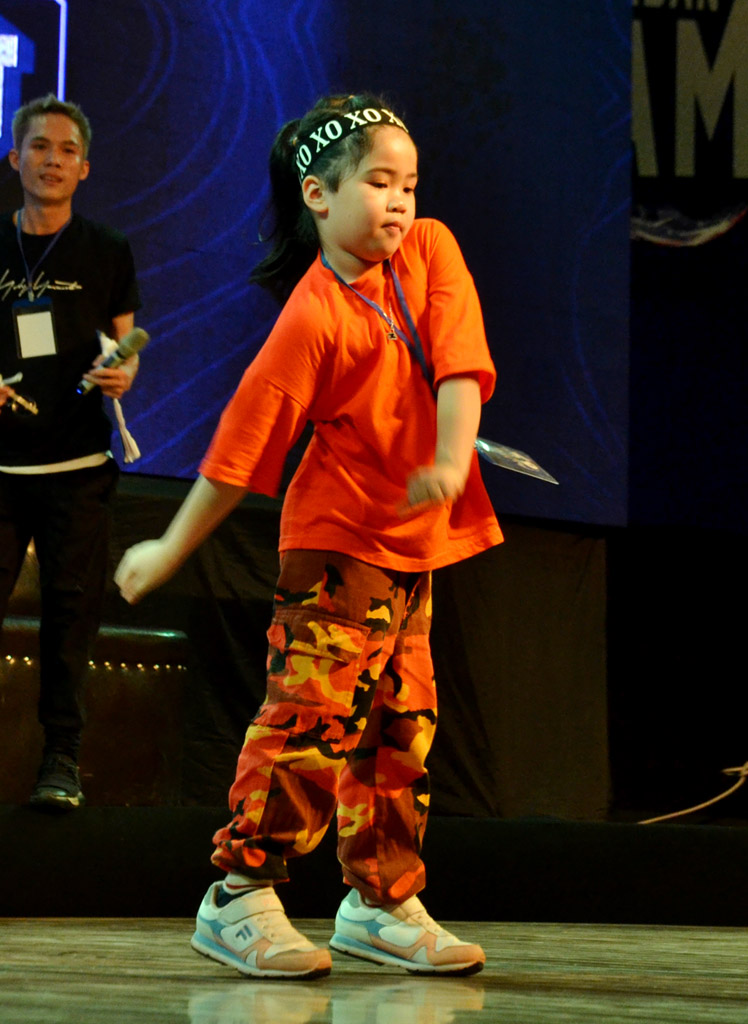 The festival also drawn the attention of the school-age contestants.