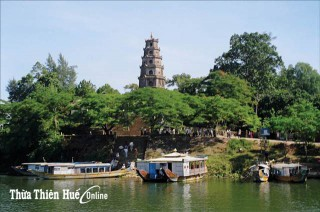 Hue Pagoda: Tourism Route Waiting to Be Awakened