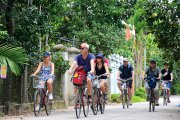 Clean tourism in Thuy Bieu