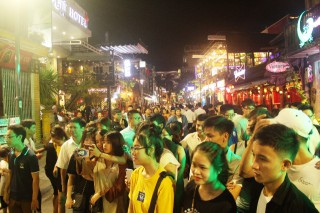 Pedestrian quarter attracts 13.000 tourist arrivals on the first 3 nights