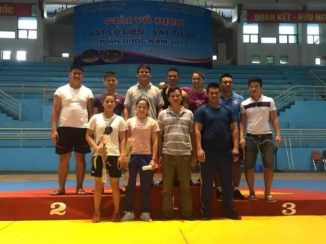 Hue wrestling team wins 2 gold medals at the national classic – freestyle wrestling championships