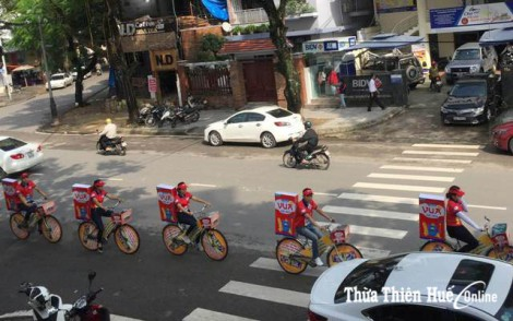 The city embellished to welcome Hue Festival