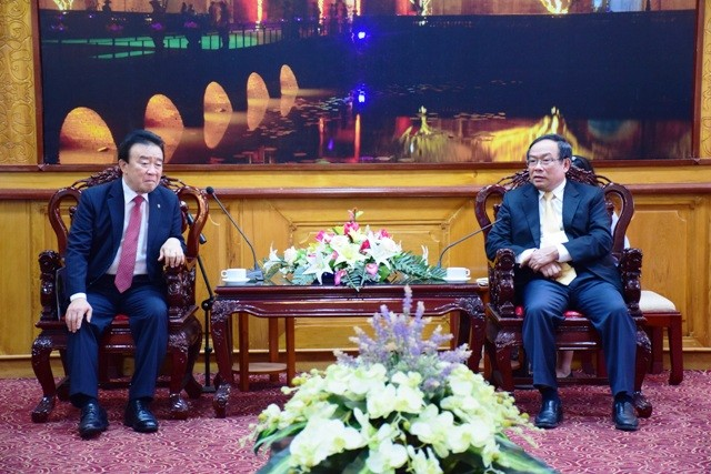 The business group of Yanggu district, Gangwon province, Korea comes to Hue for investment cooperation