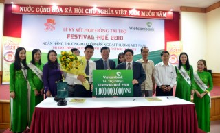 Vietcombank is the Bronze sponsor for Hue festival 2018