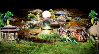 "Floating theater of ""Echoes from the Perfume River"""