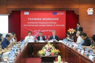 Hue University holds training workshop on technology transfer in Vietnam
