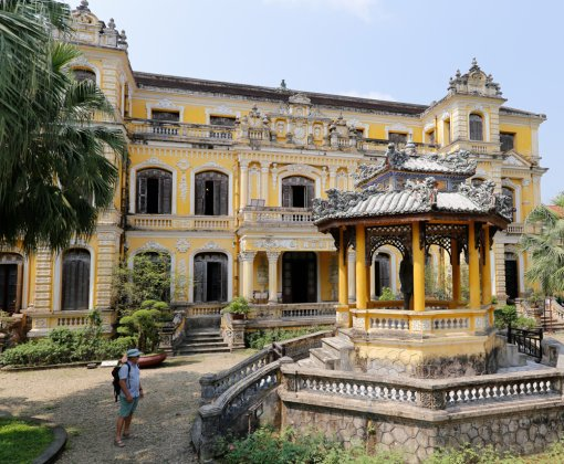 Tu Duc Tomb and An Dinh Palace to be digitalized with 3D Models