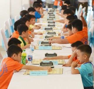 Nearly 300 athletes compete at the 2018 National Youth Chinese Chess Championship