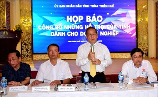 Chairman of the Provincial People's Committee Phan Ngoc Tho: Maximum support for business development