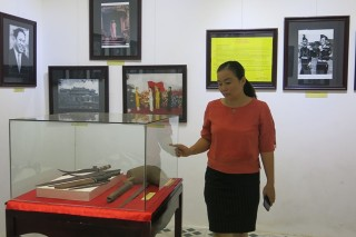 "Exhibition of ""Hue on Historic Days in August 1945"" opened to the public"