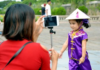 Hue city attracts tourists on the National Day