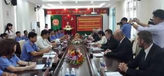 Hue enhances cooperative relations with Hungarian Supreme Procuracy