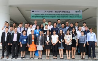 Training on sustainable tourism for Vietnamese and Thai experts