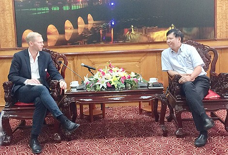 Delegation of Norwegian Football Federation visits and works with Thua Thien Hue Provincial People's Committee
