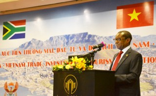 Facilitating Vietnamese enterprises to promote trade and investment in South Africa