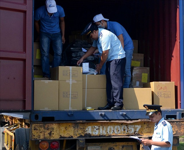 "Customs sector makes a ""breakthrough"" in its budget revenue collection"