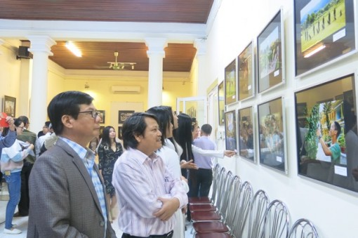 50 photos of Uncle Ho's soldiers displayed