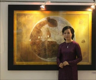 "Nguyen Thi Hue's silk painting and ""Rain of Charcoal"""
