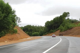 La Son - Tuy Loan Highway has taken form