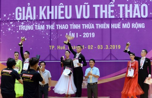 The first ever eye-catching Dance Sport competition in Hue