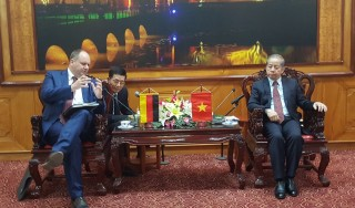 Hue city to promote cooperation with the city of Dresden - Germany
