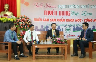 Career orientation talk show for students