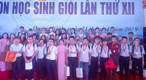 Hue wins 6 Gold Medals in excellent student competition in Coastal Region - Northern Delta area