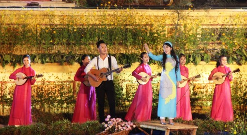 The opening ceremony honouring the quintessence of Vietnamese traditional crafts