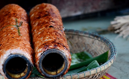 The clattering sound of pork paste on bamboo cylinder