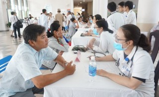 Free screening for 200 cases of asthma and chronic obstructive pulmonary disease