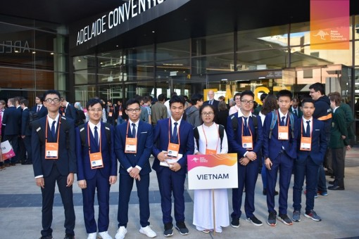 Le Cong Minh Hieu wins bronze medal in Asia Physics Olympiad 2019