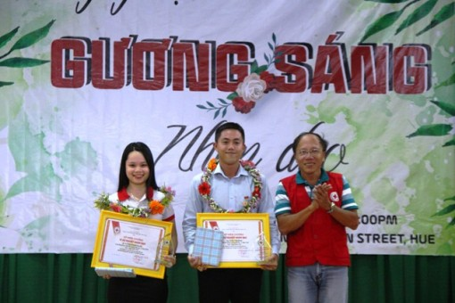 Honoring the outstanding individuals in voluntary blood donation movement
