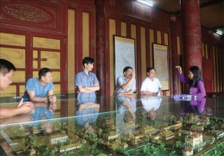 Introducing audio guide to Hue heritage sites