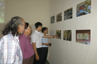 """About Hue"" exhibition opens"