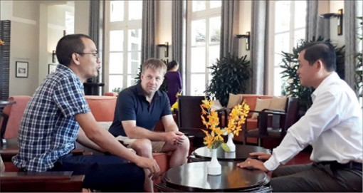 The world's top blogger promotes Hue tourism