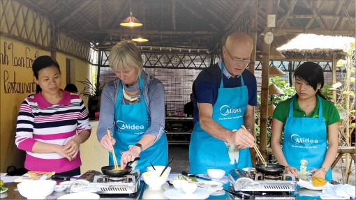 Joining cooking classes in Hue