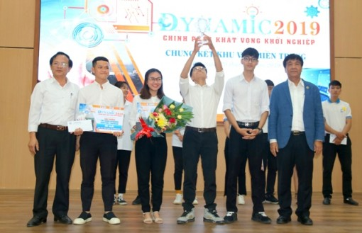 The project of Hue University of Economics students win first prize in Dynamic competition