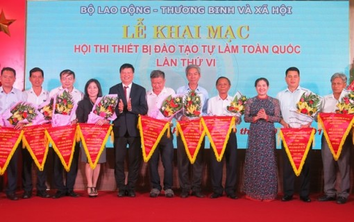 The nationwide DIY training equipment contest opens in Hue City