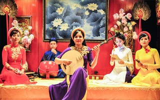 Hue Singing (Ca Huế) to be taught at schools