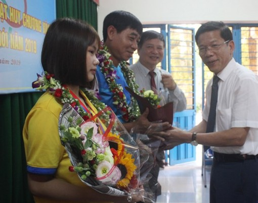 Honoring the coach and athlete who have made a name for Thua Thien Hue's sports in the world arena
