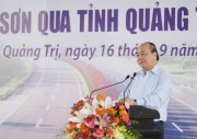Prime Minister Nguyen Xuan Phuc attends the ground-breaking ceremony of Cam Lo – La Son expressway