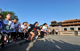 Moments on the running track of Hue Marathon