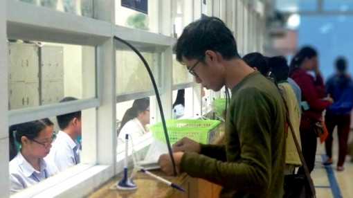 Promoting education through community-based voluntary medical examination and treatment