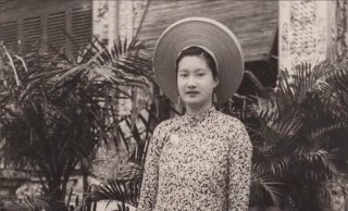Queen Nam Phuong - the founder of a special award for women