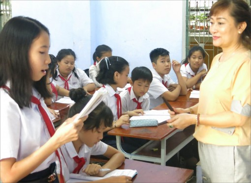 Introducing Ca Hue (Hue Singing) into schools: A preparation for the future