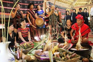 Aza Koonh Festival becomes a National Intangible Heritage