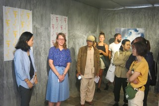Dutch artist holds an exhibition on spiritual culture in Hue