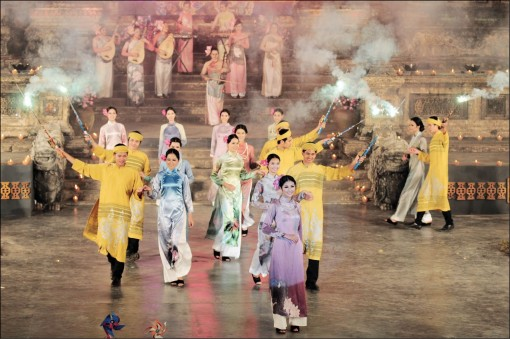 """Artistic """"parties"""" in Hue Festival 2020"""